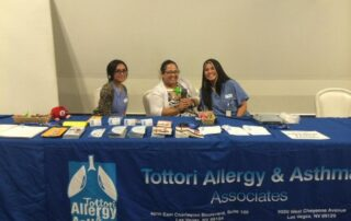 las vegas allergy doctor and nurses at tottori booth at health fair